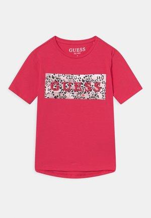 TODDLER - T-shirt con stampa - punk rocker pink