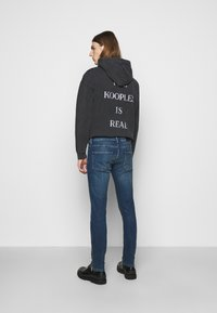 The Kooples - WITH ZIPPER DETAIL ON THE BOTTOM - Jean slim - blue - 2