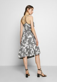 Three Floor - FLORENCE DRESS - Vestido informal - black/off white - 3
