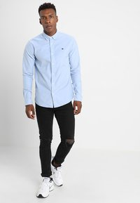 Scotch & Soda - REGULAR FIT OXFORD SHIRT WITH STRETCH - Overhemd - blue - 1