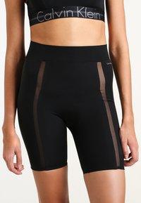 Calvin Klein Underwear - SHORT - Pyjamabroek - black - 0