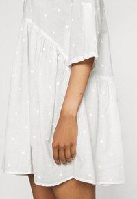ONLY - ONLCHICAGO LIFE  DRESS - Shirt dress - cloud dancer - 4