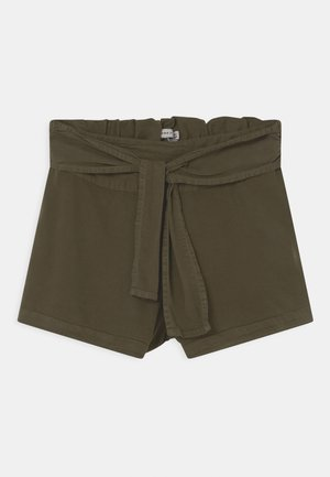 NKFFEEFEE - Shorts - ivy green