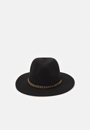 STUD TRIM FEDORA UNISEX - Hat - black