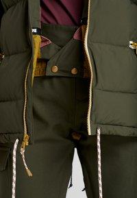 Burton - KEELAN  - Snowboardová bunda - olive - 6