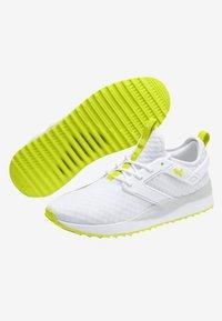 Puma - Sneakers - white - 3
