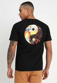 HUF - DHARMA - T-shirt print - black - 0