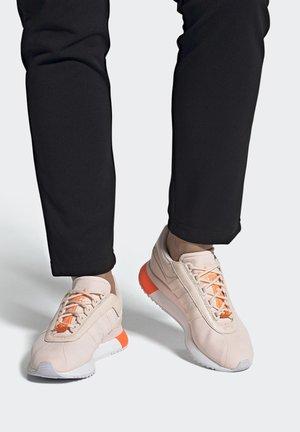 SL ANDRIDGE SHOES - Sneakers - pink