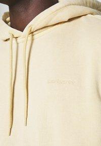 Carhartt WIP - HOODED MOSBY - Sweatshirt - dusty brown - 5