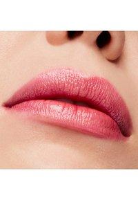 MAC - LUSTRE LIPSTICK - Lipstick - milan mode - 2