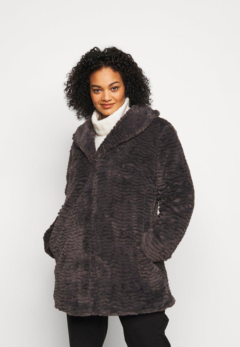 Dorothy Perkins Curve - LONG LINE COAT - Vinterfrakker - grey