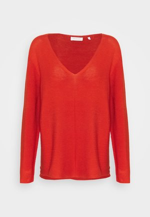 V NECK  - Strikkegenser - rusty red