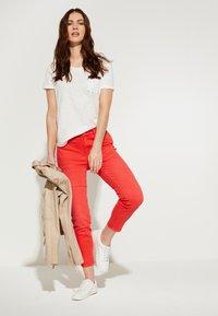 comma casual identity - Print T-shirt - white - 1