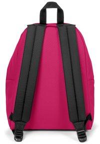 Eastpak - Reppu - ruby pink - 3