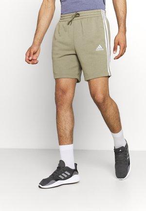Sports shorts - orbit green/white