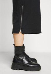 Noisy May Petite - NMHELENE DRESS - Day dress - black - 3