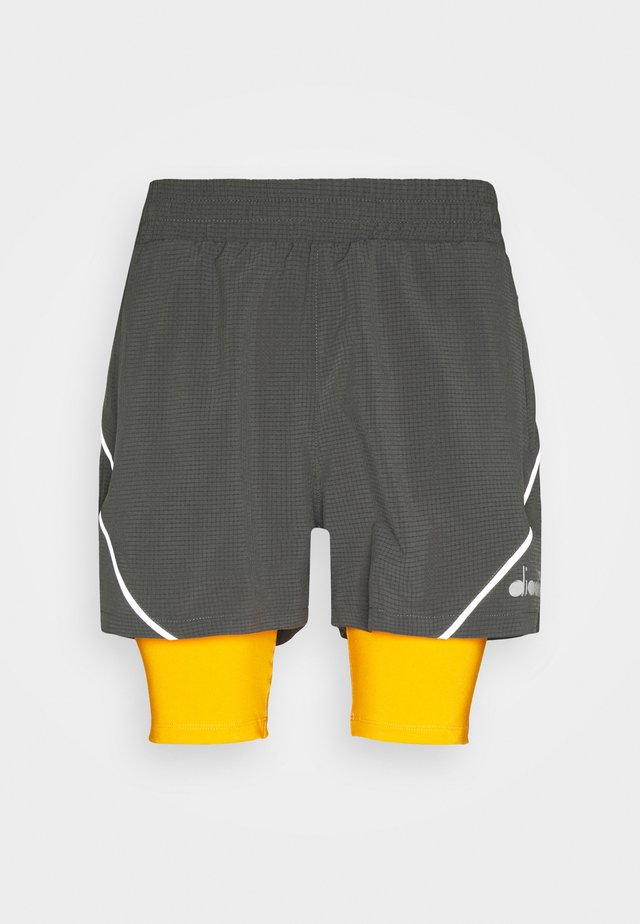 DOUBLE LAYER BERMUDA - Sports shorts - saffron/gray quiet shade