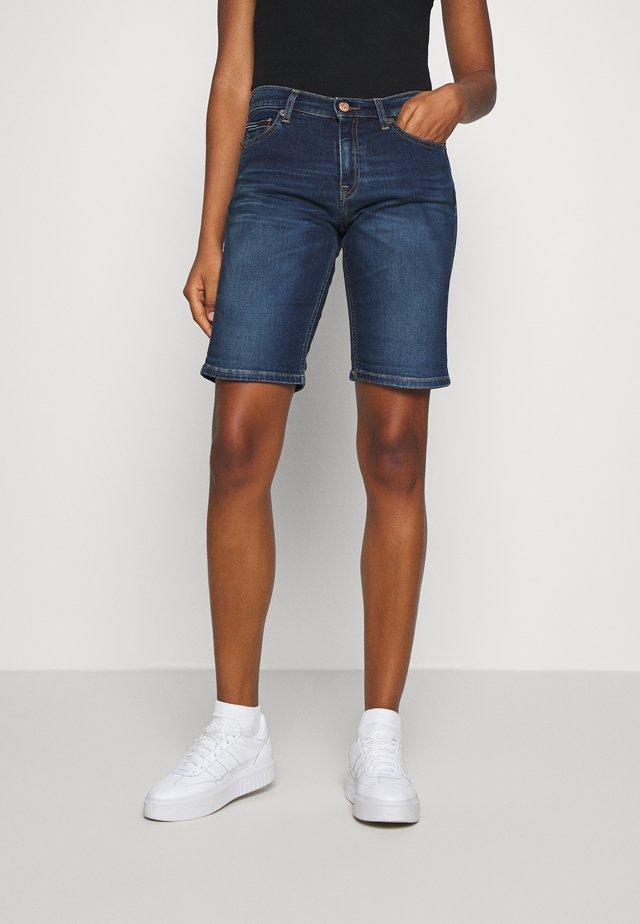 MID RISE BERMUDA - Denim shorts - dark blue