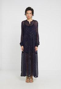 CECILIE copenhagen - SUZIE DRESS - Maxi dress - night - 0