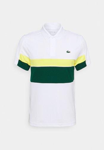 TENNIS TOUR - Pikeepaita - blanc/vert/jaune/blanc/noir