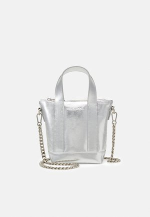 NANO MATKURI BAG - Across body bag - silver
