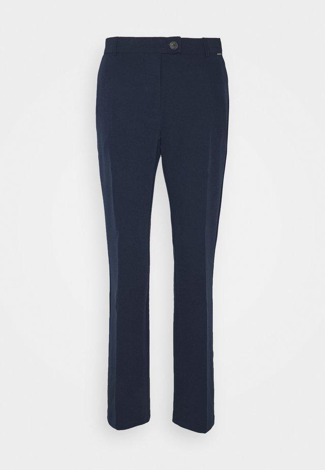 BYELINOR FLARE PANTS - Pantalon classique - peacoat