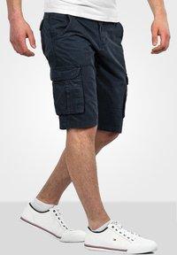 Alessandro Salvarini - Shorts - navy - 2