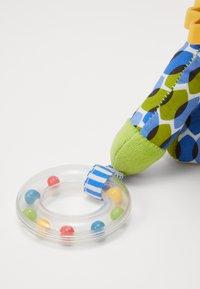 Skip Hop - BANDANA BUDDIES DINO - Knuffel - multi-coloured/blue - 3