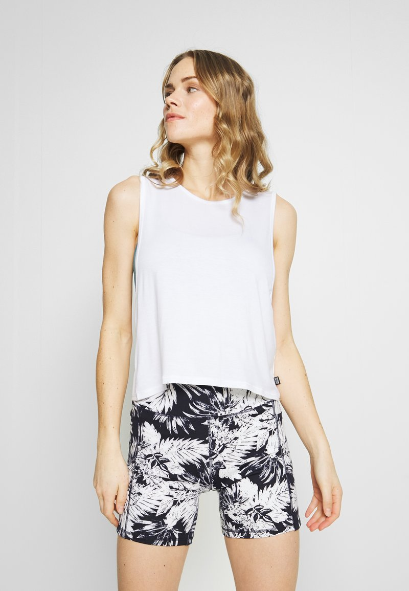 Cotton On Body - CROPPED KEY HOLE WASHED TANK - Top - white