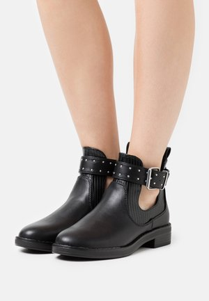 ONLBIBI STRAP - Classic ankle boots - black