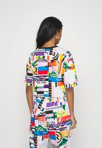 Puma - Print T-shirt - white - 2