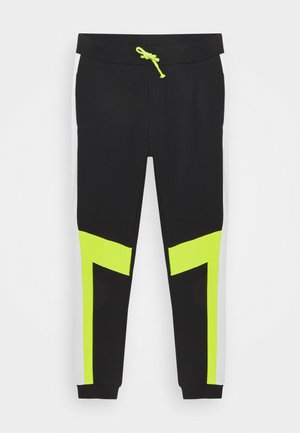 NKMKARNO PANT - Tracksuit bottoms - black