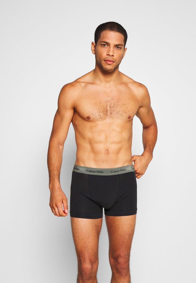Calvin Klein Underwear - TRUNK 3 PACK - Pants - blue/wild fern/raisin torte