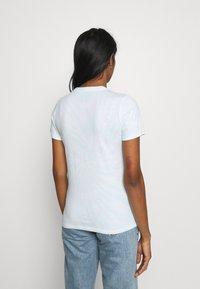 Hollister Co. - TECH CORE UPDATES - Print T-shirt - blue - 2
