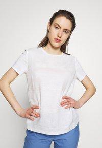WEEKEND MaxMara - ORI - T-shirt con stampa - white - 0