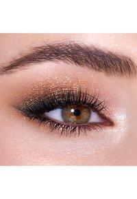 Charlotte Tilbury - PALETTE OF POPS - Eyeshadow palette - dazzlilng diamonds - 2