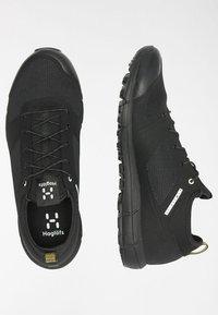 Haglöfs - L.I.M LOW - Trail running shoes - true black - 2