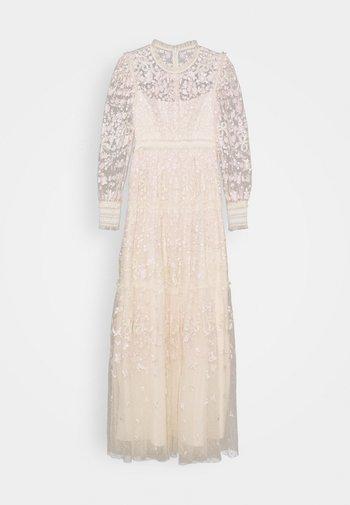 EMILANA GOWN - Festklänning - champagne