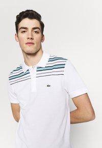 Lacoste - PH5101-00 - Polo shirt - white/navy blue/niagara blue - 3