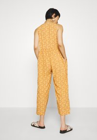 Madewell - TANK BUTTON FRONT CHALLIS IN FLORAL - Jumpsuit - vine floral mulled cider - 2