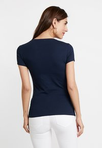 Guess - ICON TEE - T-shirts print - blue navy - 2