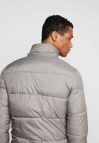 Sixth June - PRINCE DE GALLE  - Winter jacket - beige - 3