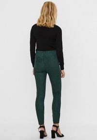Vero Moda - Leggings - Trousers - pine grove - 2