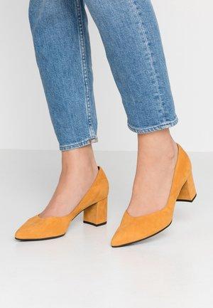NAJA - Classic heels - sunset