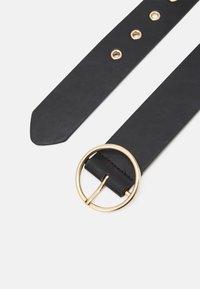 Pieces - PCVERA WAIST BELT - Belt - black/gold-coloured - 1