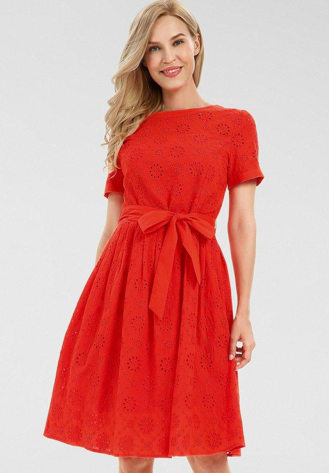 Robe d'été - orangerot