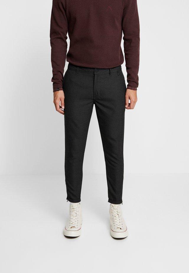 TRIGGER.L ACTON - Pantaloni - dark grey