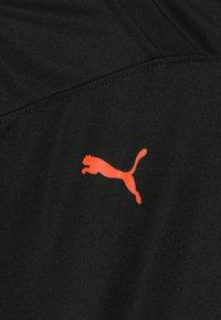 Puma - Print T-shirt - black/energy red - 3