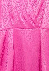 Closet - CLOSET WRAP MINI PENCIL DRESS - Vestido de cóctel - pink - 2