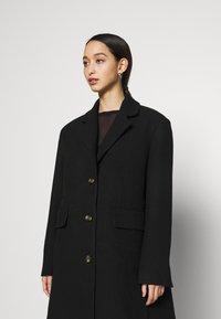 Weekday - LAYA - Klasický kabát - black - 3